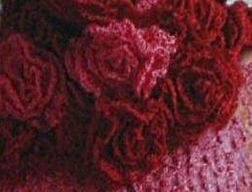 шарф с вязаными розами