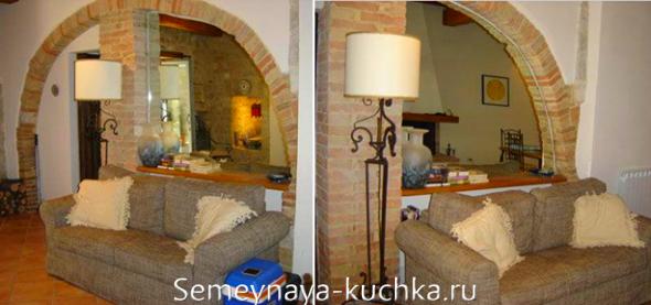 портал между кухней и гостинной из камня