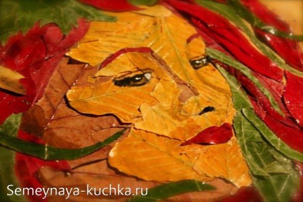 Портрет женщины из листьев поделка