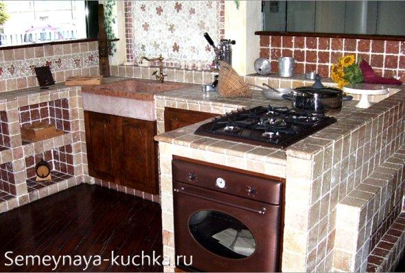 каменная рабочая зона на кухне