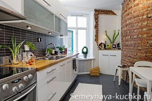 каменная кладка на кухне