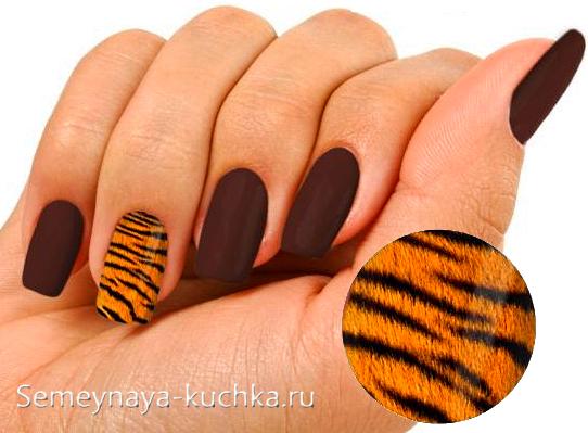 пушистые тигровые ногти