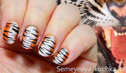 бело-оранжевые тигровые ногти