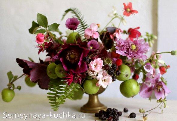 осенняя флористика с яблоками