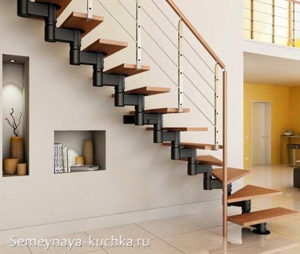 лестница на косоурах на второй этаж