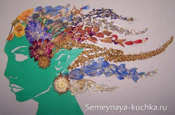 детская аппликация из цветов и осенних трав