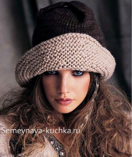 вязаная шляпа с полями и