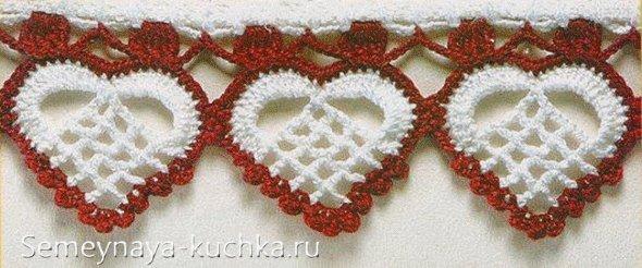 гирлянда из вязаных ажурных сердечек