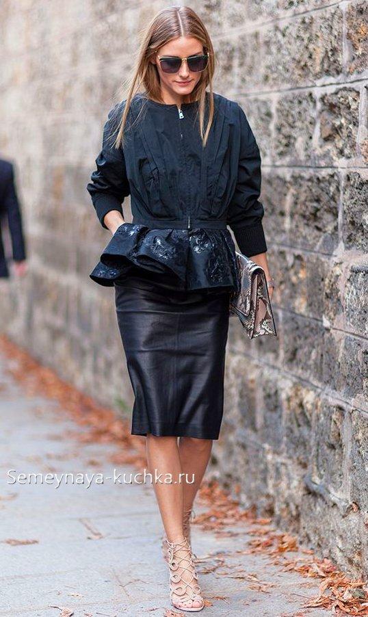 юбка из кожи черная