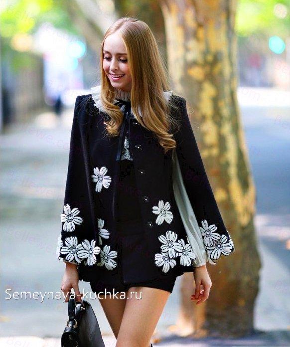 пальто пончо с цветами на весну