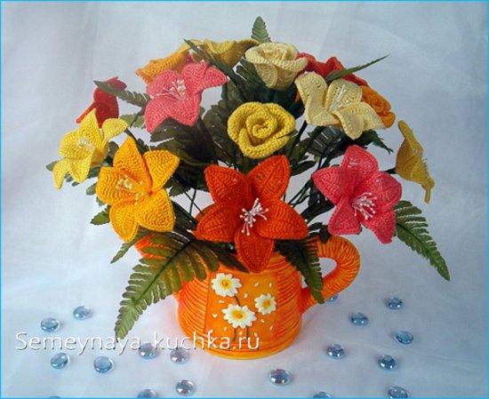 вязаные букет цветов