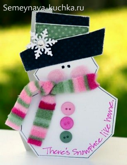 простая новогодняя поделка снеговик