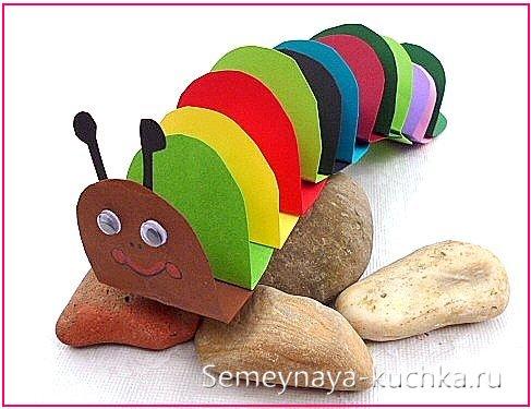 детская поделка гусеница из бумаги