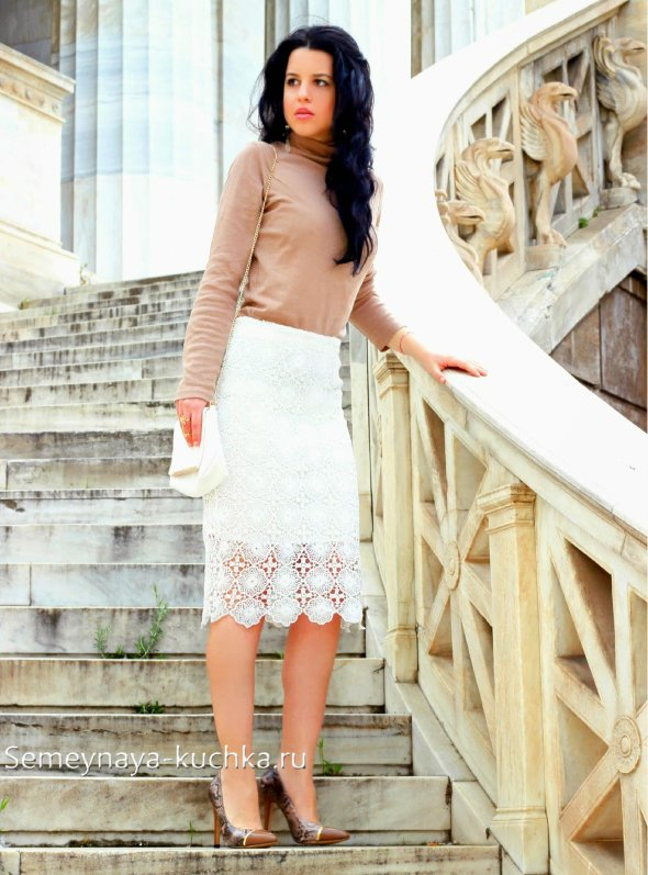 юбка белая карандаш с кружевом