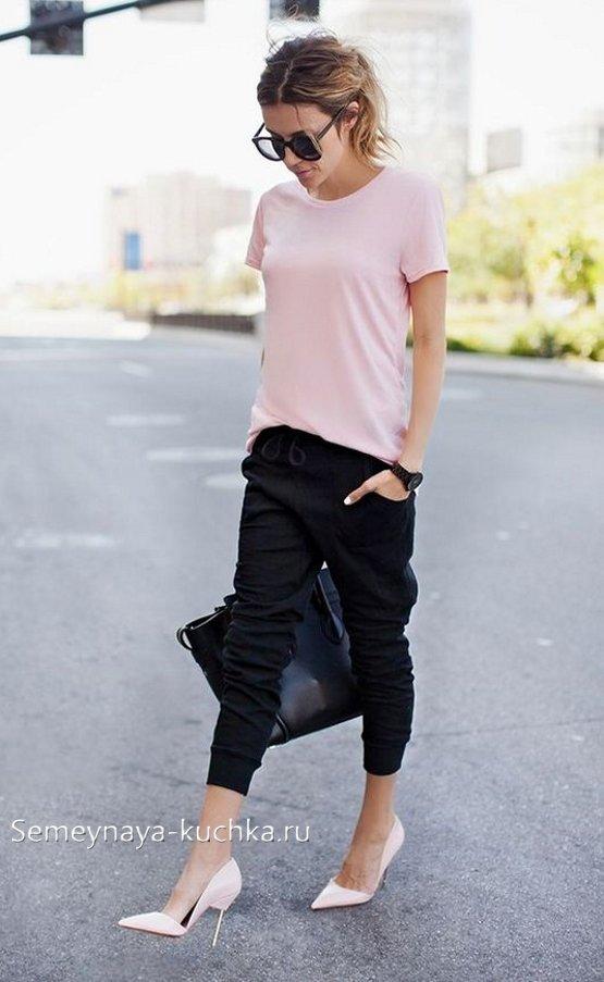 модные спортивные брюки