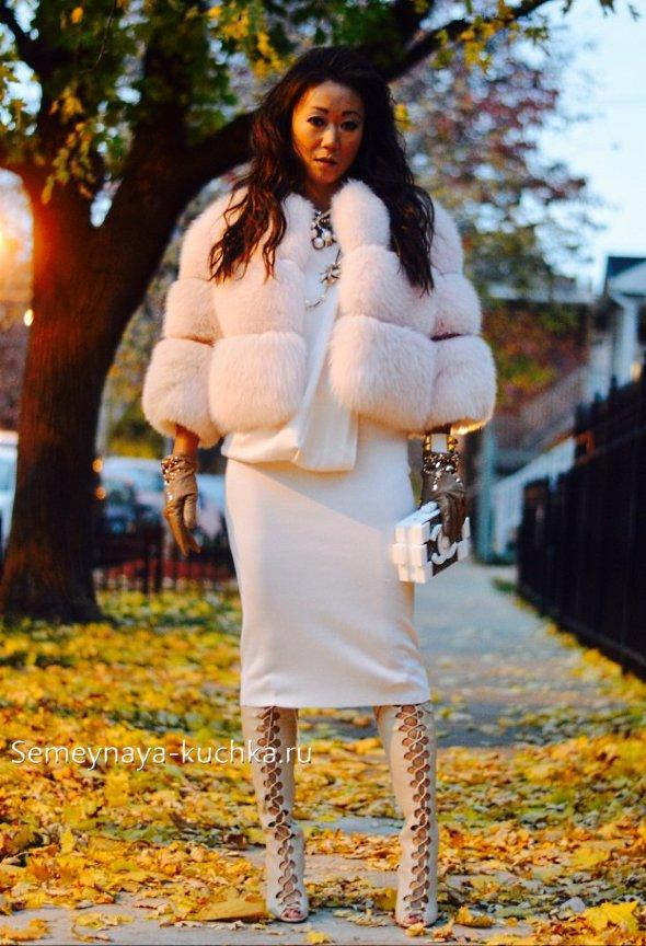 как носить белое осенью