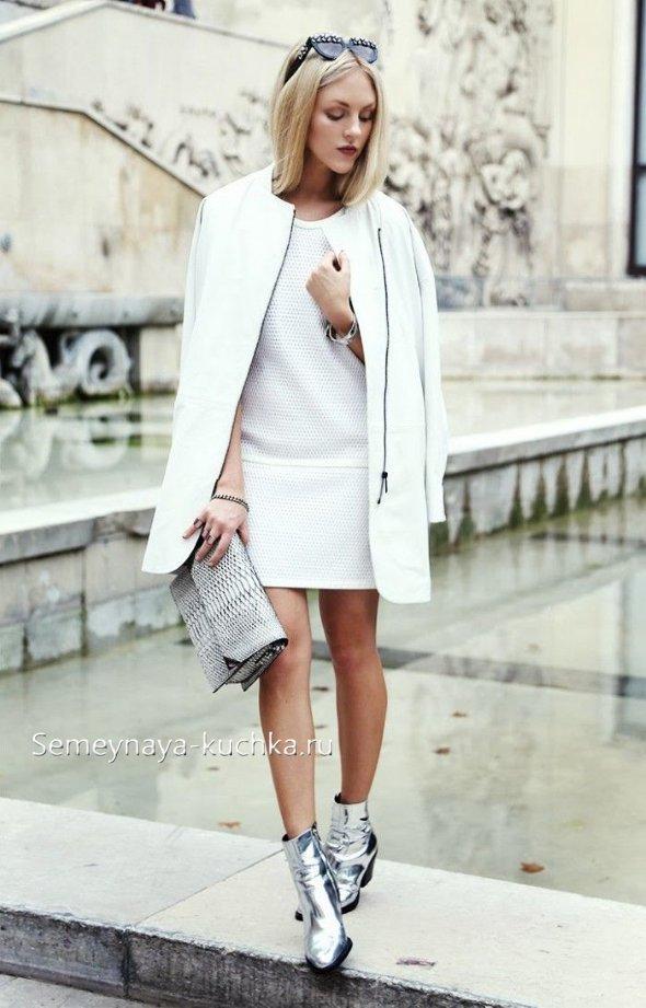 белое платье с пальто