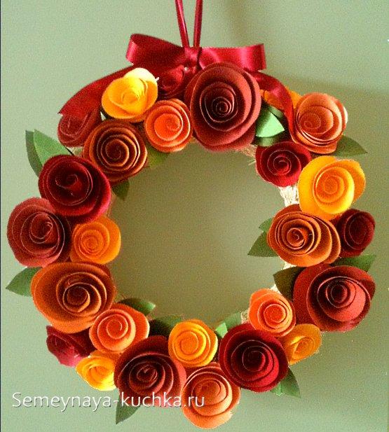 поделка осенний венок из роз