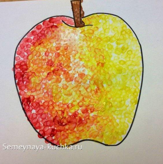 поделка яблоко для малышей
