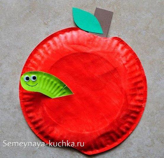 поделка яблоко с червяком своими руками