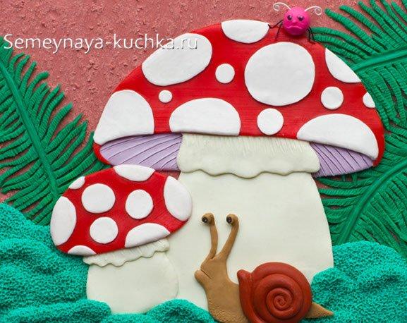 аппликация грибы из пластилина