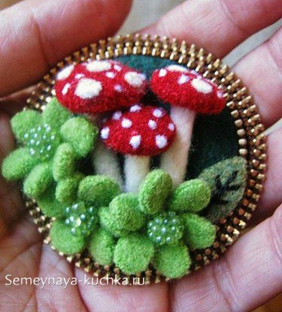 поделка гриб из молнии и войлока