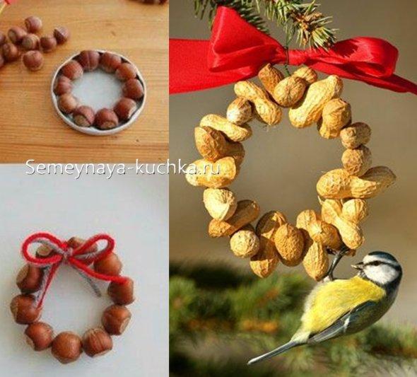 новый год поделки из орехов