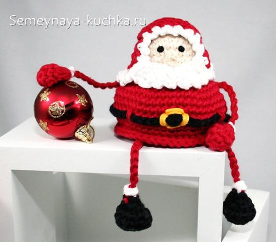 новогодний дед мороз поделка крючком