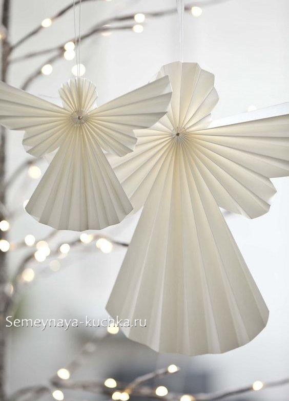 ангел из бумаги на Новый Год
