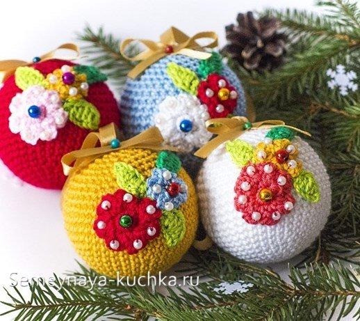 новогодние игрушки крючком 45 простых идей семейная кучка