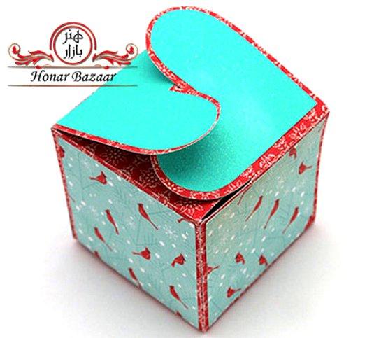коробка квадратная с сердечками