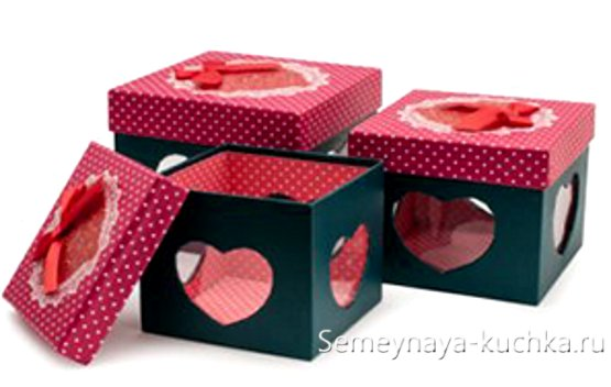 коробка валентинка с сердцами
