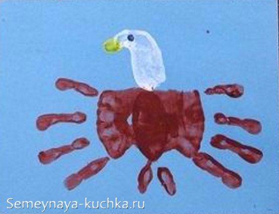 рисование ладошками птицы