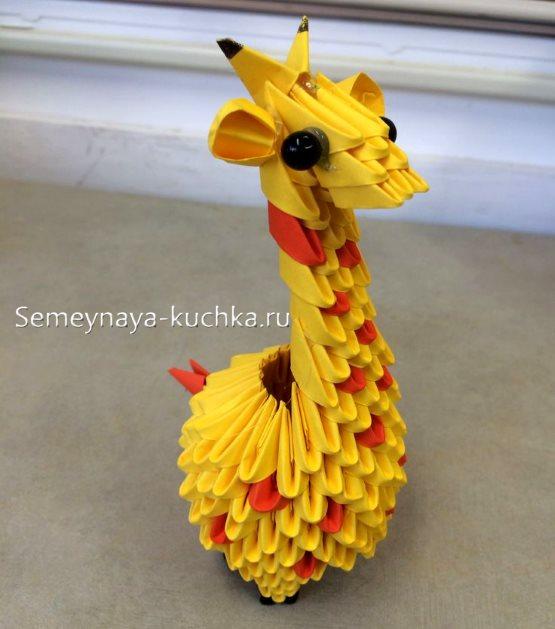поделка жираф из модульного оригами
