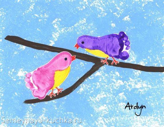 нетрадиционное рисование птицы на ветке