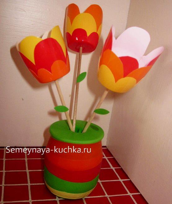 поделка цветы тюльпаны из йогрута