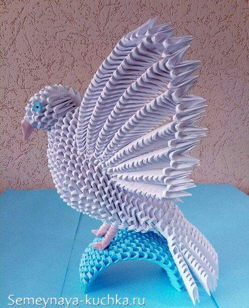 голубь из бумажных модулей