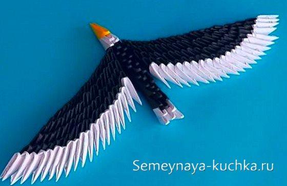 орел из модульного оригами