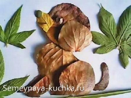 в школе поделки из листьев