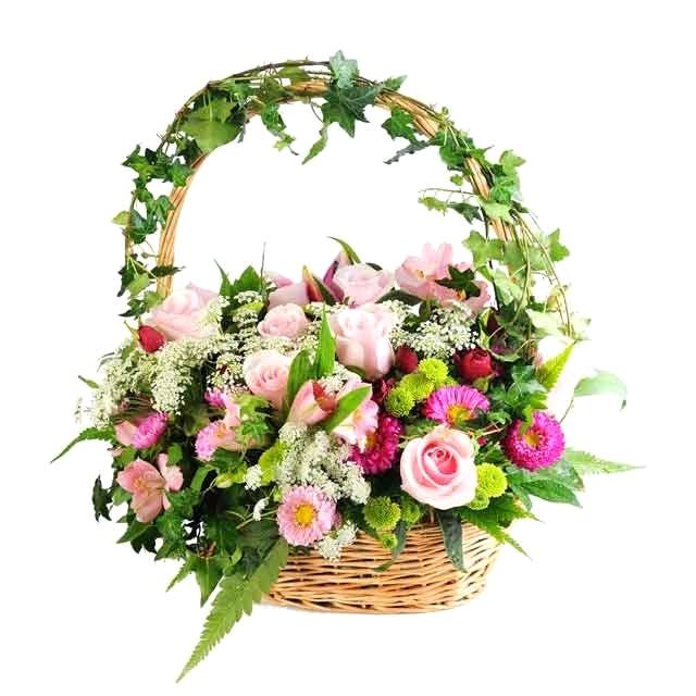 корзина цветов с плющом розы