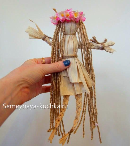 поделка кукла из природного материала