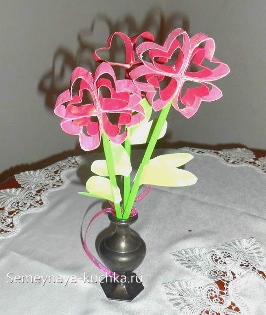 поделка цветы для мамы розовые букет