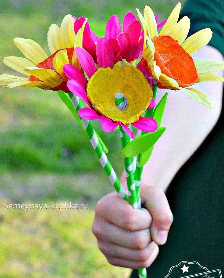 поделка букет цветов для мамы