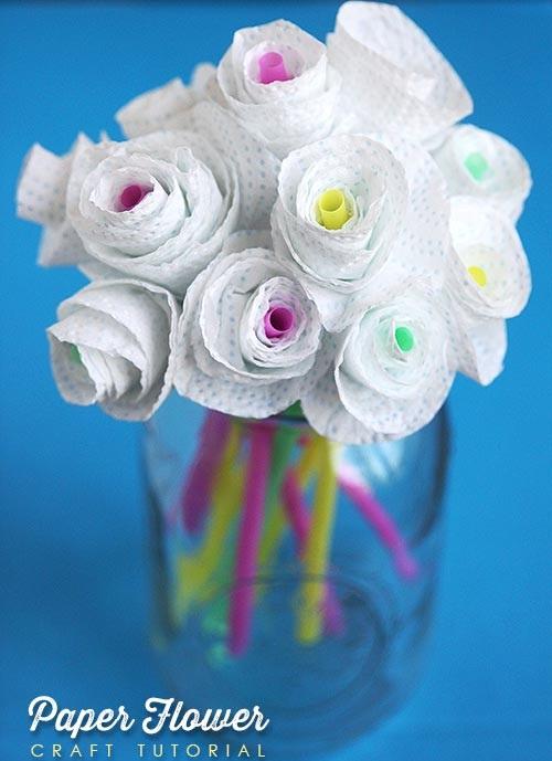 поделка в школе цветы для мамы