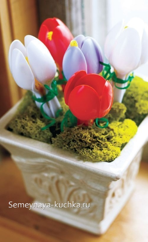 поделка цветы крокусы для мамы
