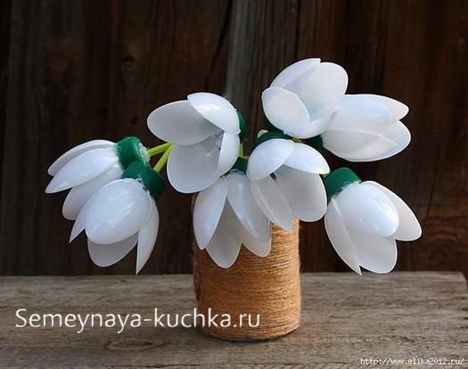 поделка цветы подснежники для мамы