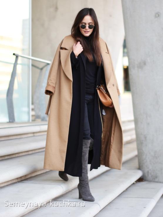 бежевое пальто образ осенний