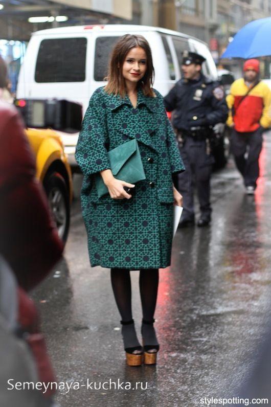 пальто оверсайз модный образ