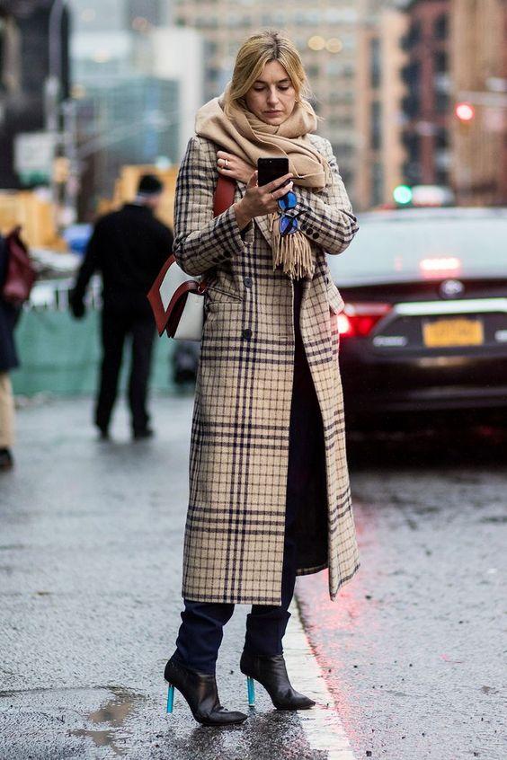 длинное прямое пальто миди