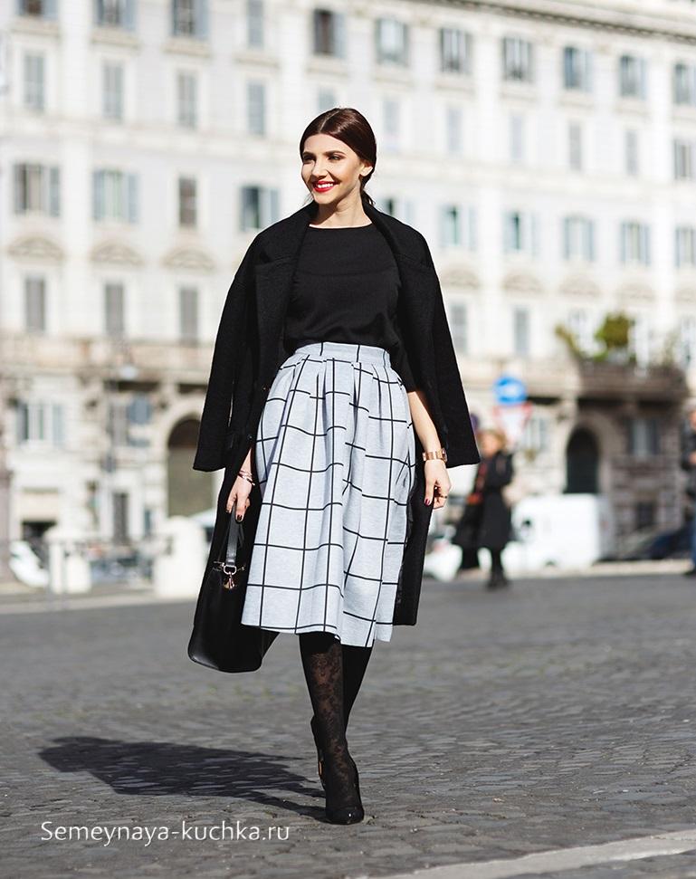 черное пальто с юбкой